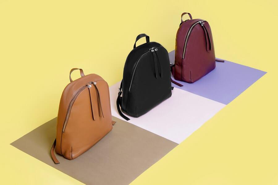 mochilas Esenciales diseño en piel Acosta